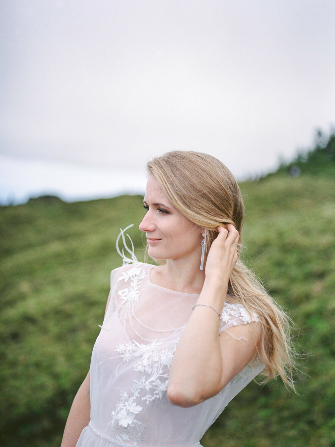 Beautiful bride wedding photograph in the Azores by Portugal Wedding Photographer