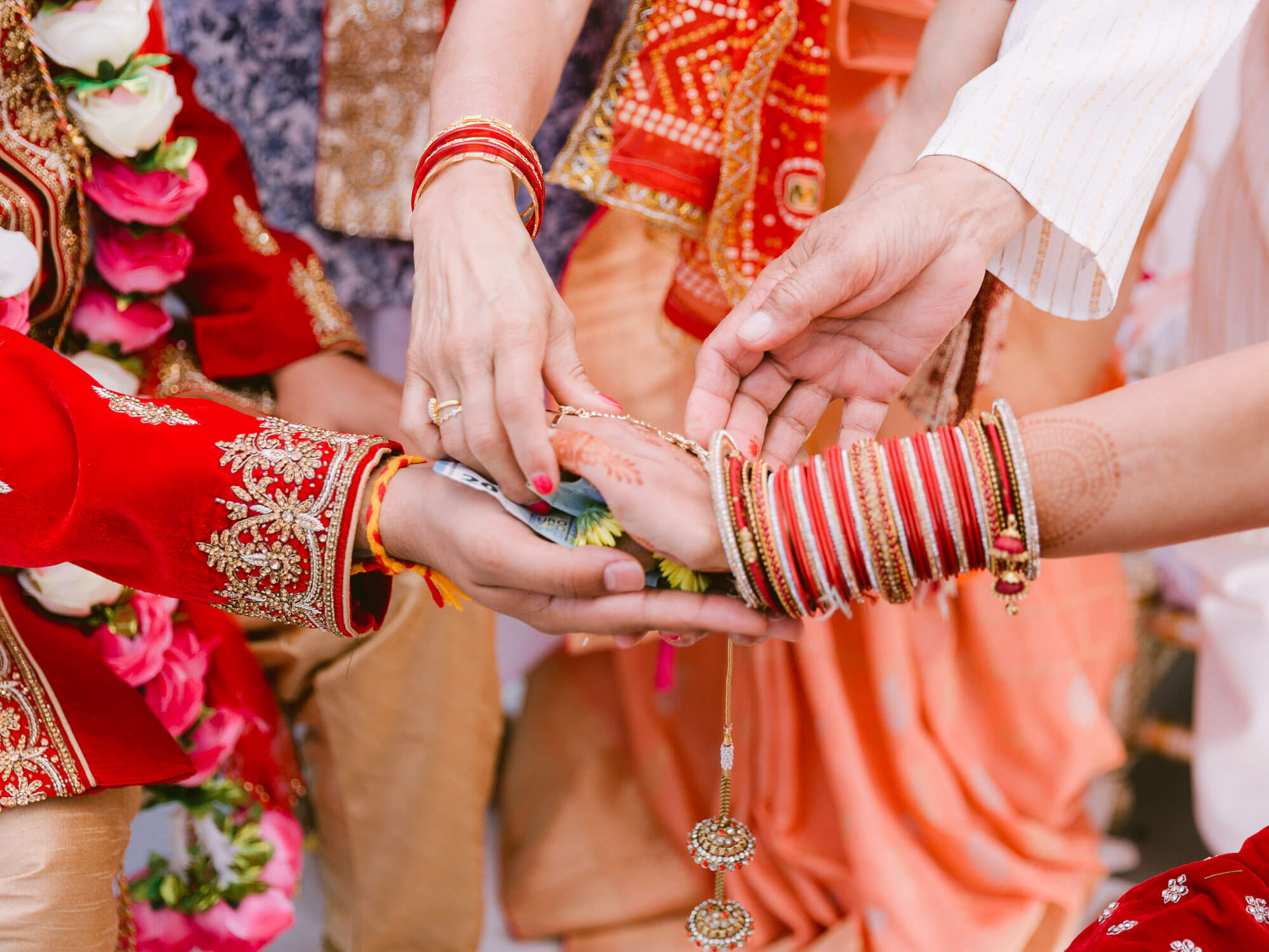 Indian Wedding Ceremony hands details by Portugal Wedding Photographer
