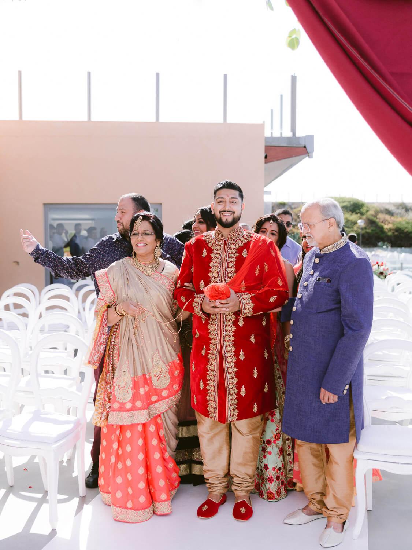 Hindu Groom's arrival at Arriba Cascais by Portugal Wedding Photographer