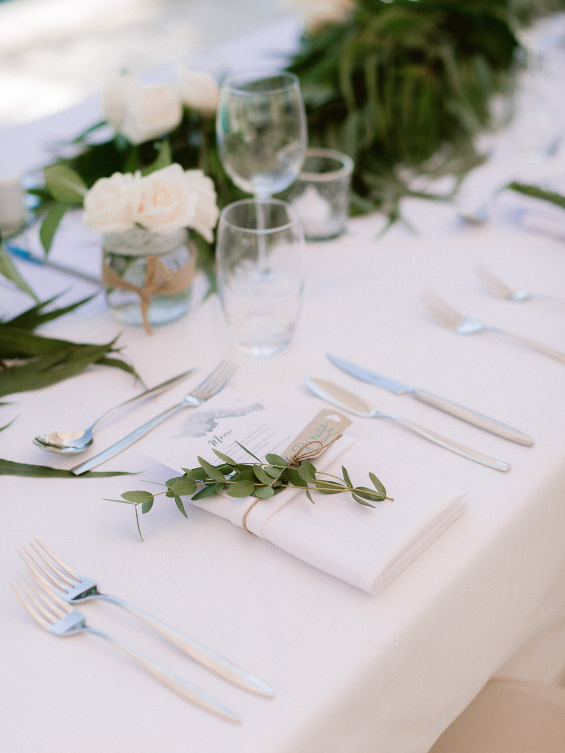 outdoor reception place setting in the Algarve by Portugal Wedding Photographer
