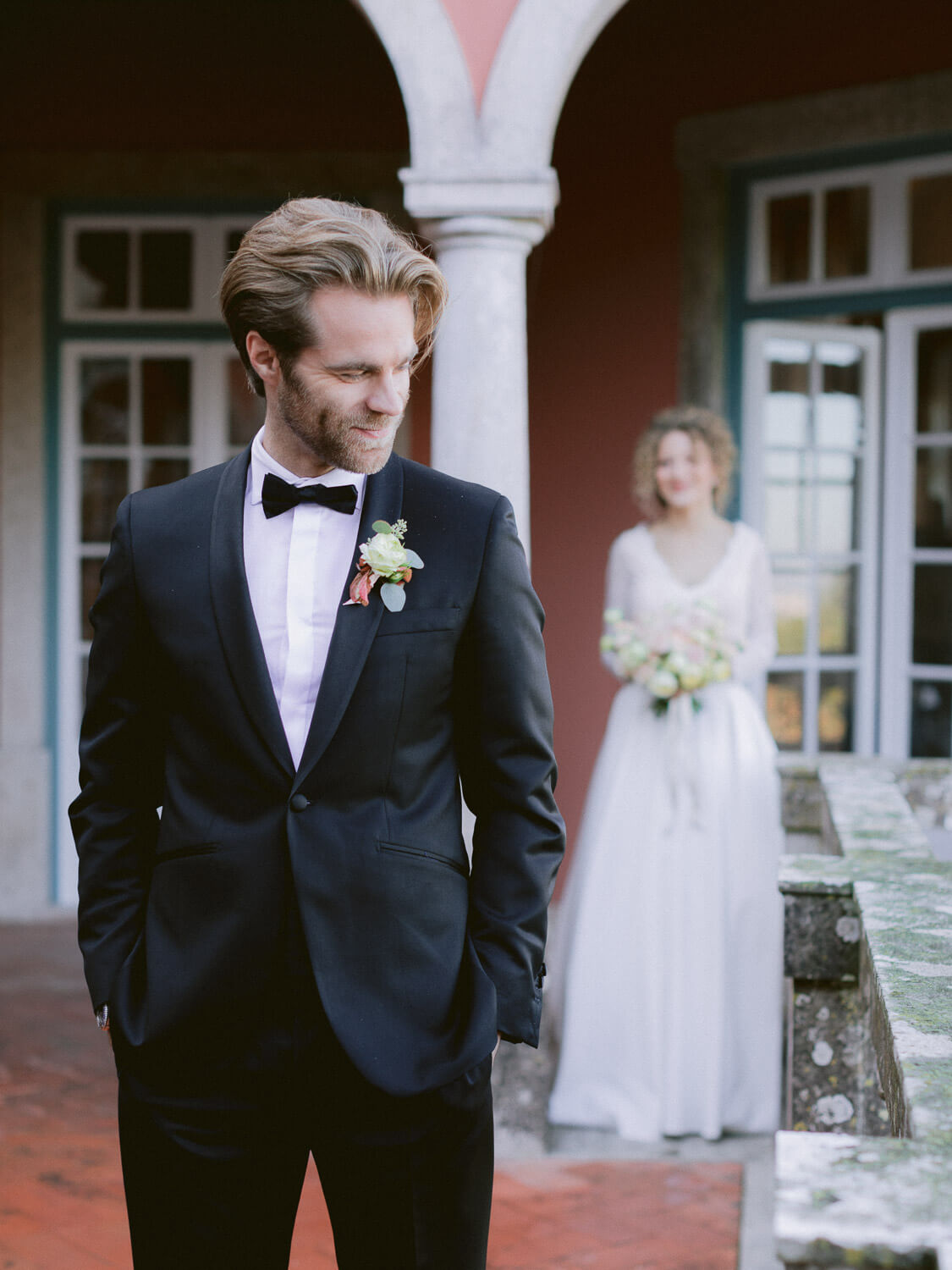 bride and groom first look in Casa dos Penedos Sintra by Portugal Wedding Photographer