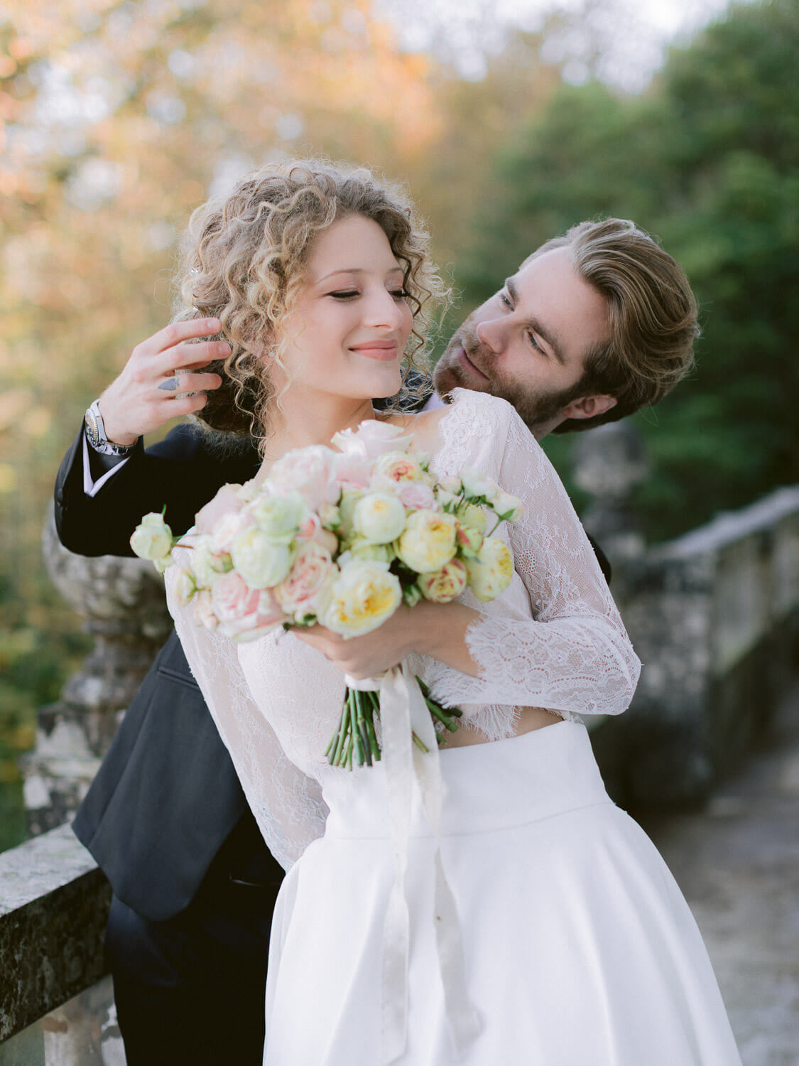 playful bride and groom in Casa dos Penedos Sintra by Portugal Wedding Photographer