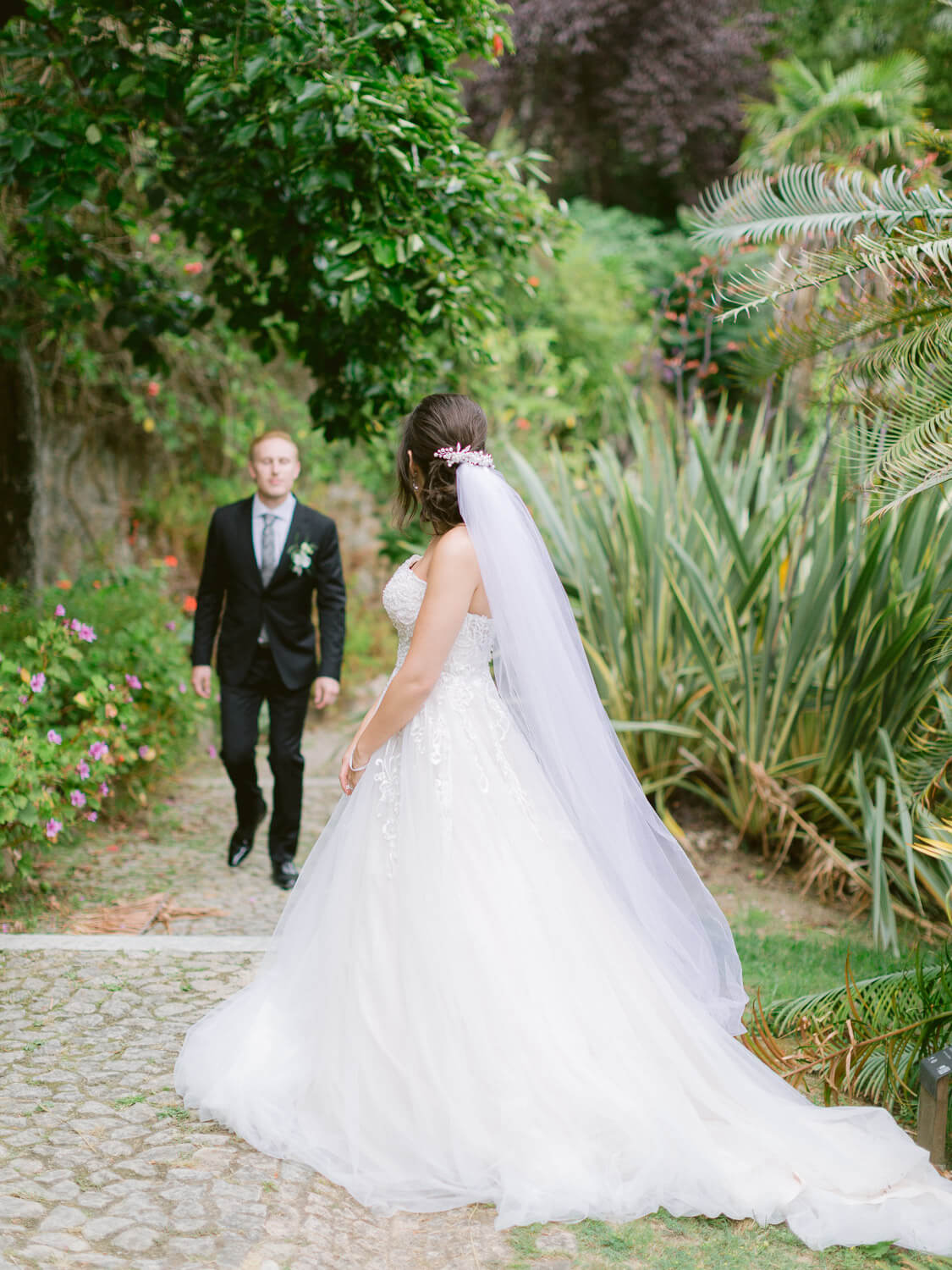 Bride and Groom stroll in Monserrate Palace Botanical Garden by Portugal Wedding Photographer