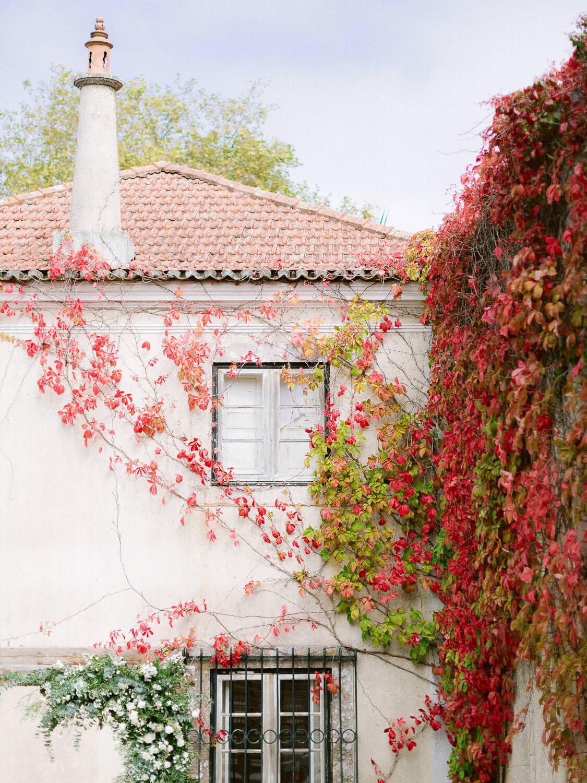 My Vintage Wedding Sintra wedding venue facade details by Portugal Wedding Photographer
