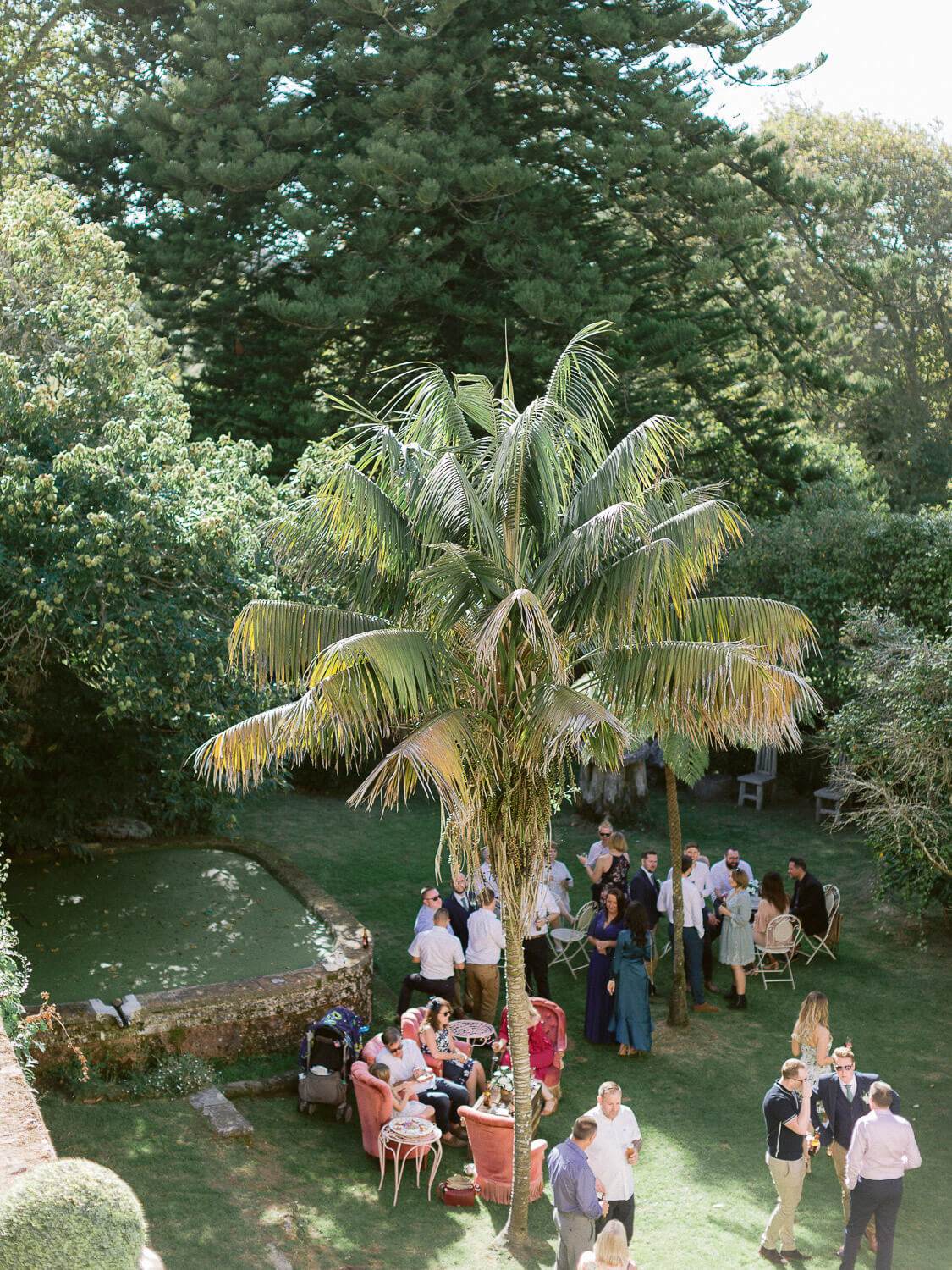 outdoor cocktail relaxed fun by Portugal Wedding Photographer