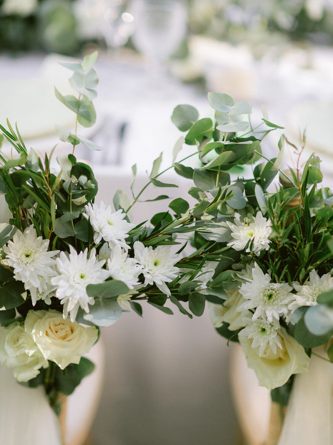 floral details for outdoor wedding reception dinner by Portugal Wedding Photographer