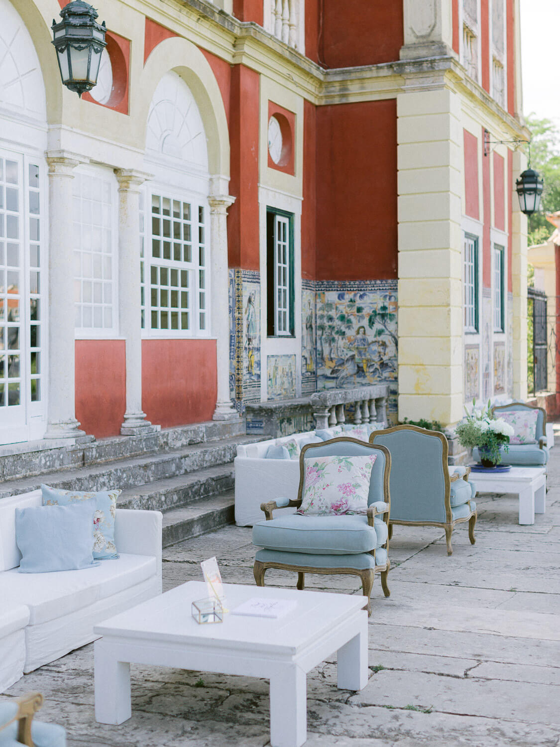 wedding cocktail lounge area in Marques de Fronteira Palace by Portugal Wedding Photographer