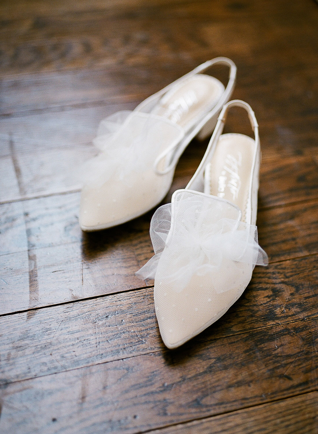 beautiful bridal slingback shoes with tule pompom by Portugal Wedding Photographer