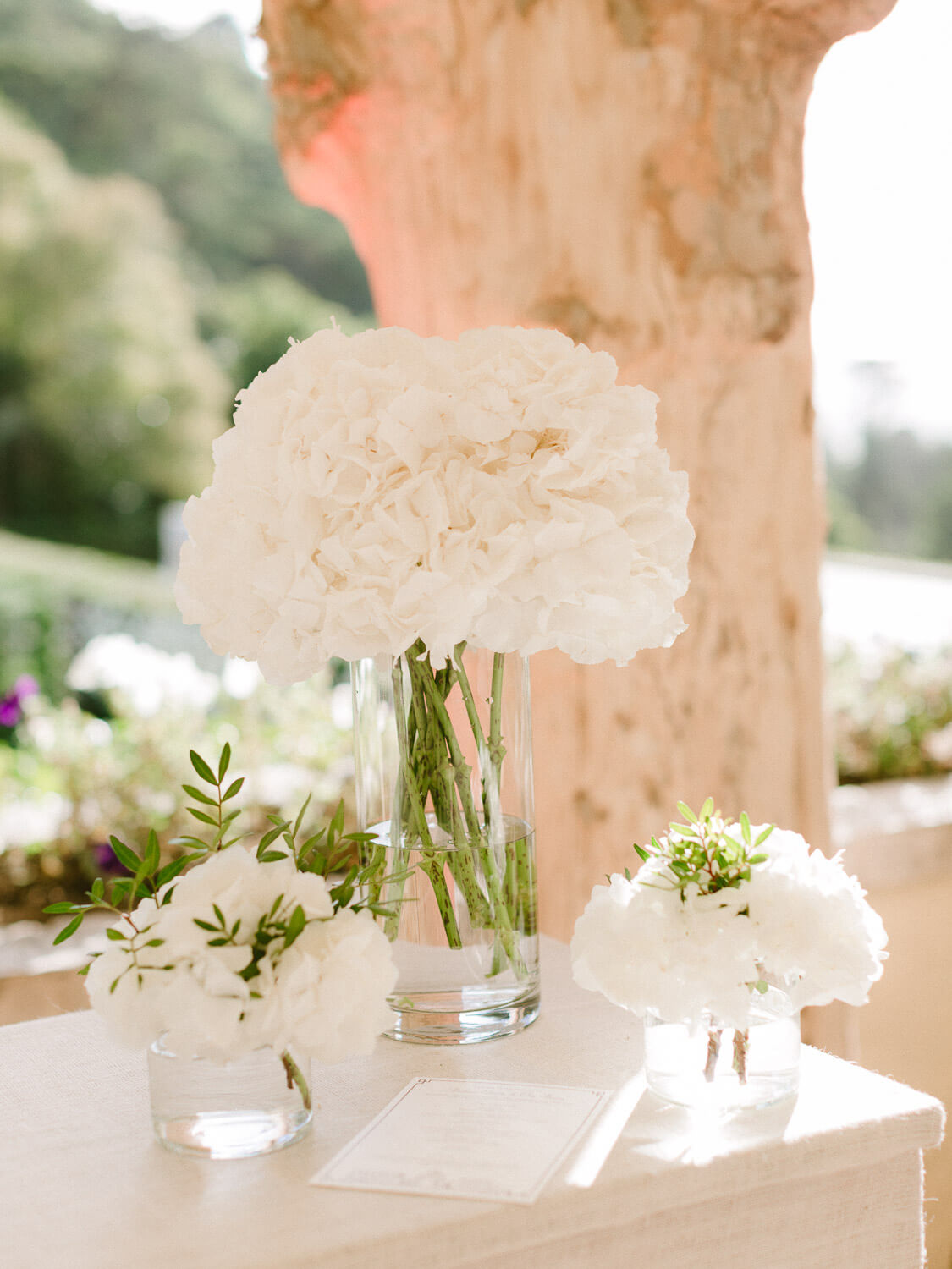 wedding cocktail floral arrangements in Seteais Palace Sintra by Portugal Wedding Photographer