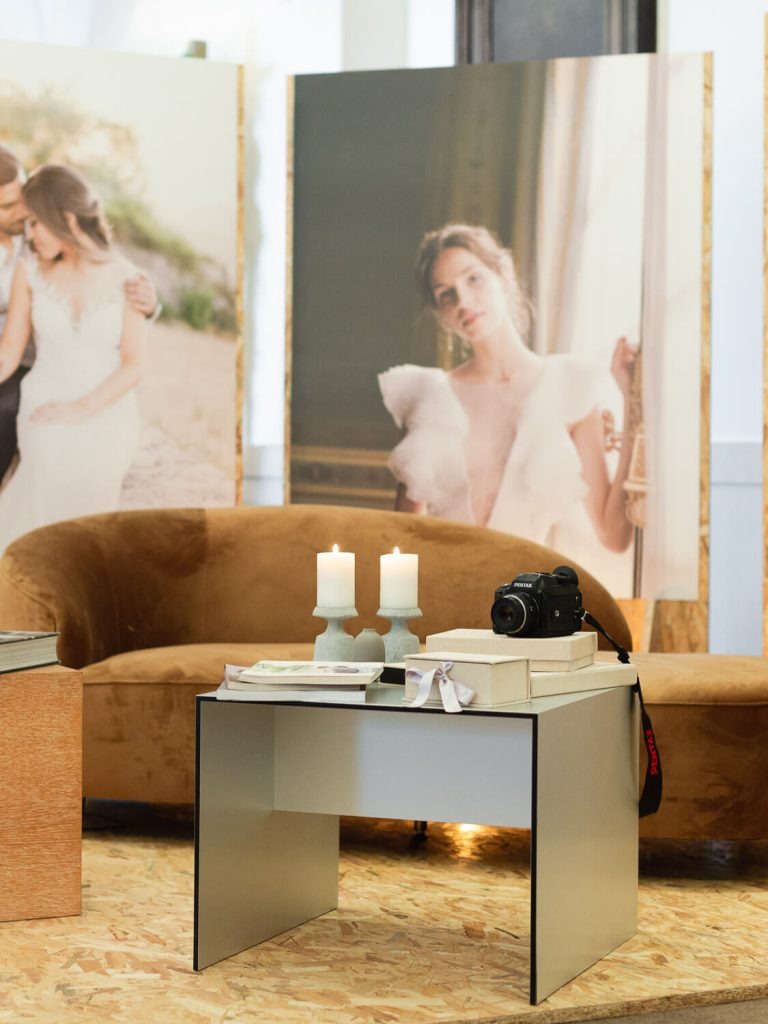 Portugal Wedding Photographer`s stand